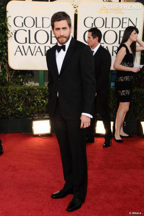 Jake Gyllenhaal, beau gosse sur tapis rouge.