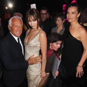 Giorgio Armani, lui-même, semble fortement apprécier la présence d'Olivia Wilde.