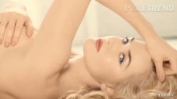 "Kate Winslet se dénude pour ""L'Absolu Nu"" de Lancôme"