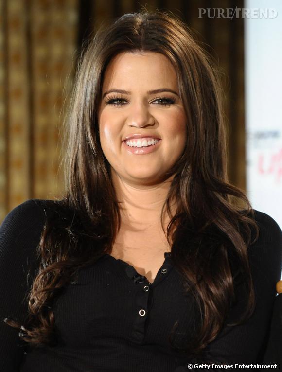 Le sourire Shrek :  ou ogresse pour être bien vexant. Kloe Kardashian n'est pas a son avantage.