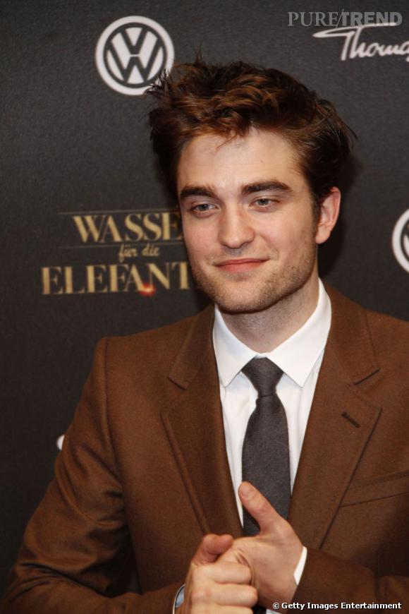 """Robert Pattinson à l'avant-première du film """"De l'eau pour les éléphants"""", à Berlin."""