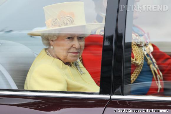 Queen Elizabeth II arrive au mariage de Kate et Willam à Londres.