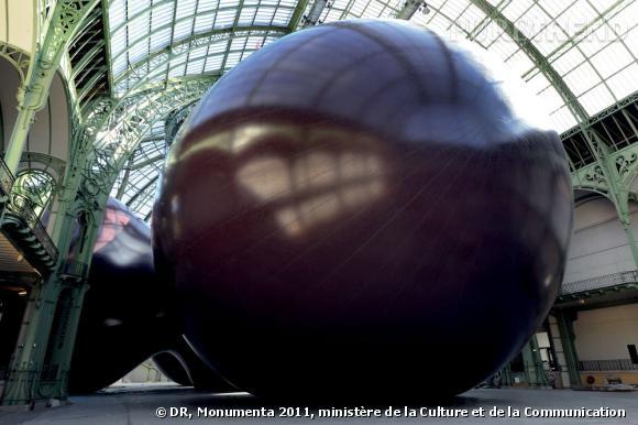 MONUMENTA 2011- Anish Kapoor - Leviathan. Vue de l'oeuvre. Photo Didier Plowy