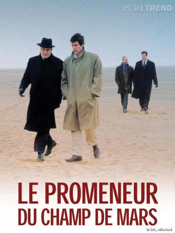"""""""Le promeneur du Champ de Mars"""" met en scène François Mitterrand."""