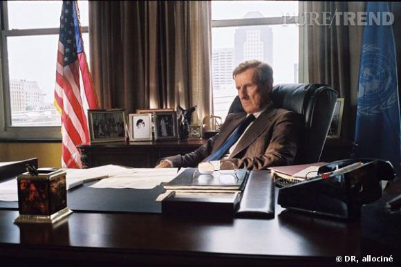 Le personnage du père de George W.Bush, George H.W Bush.