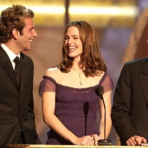 Bradley Cooper et Jennifer Garner et Michael Vartan. Une fois de plus, quand on aime, on ne compte pas.
