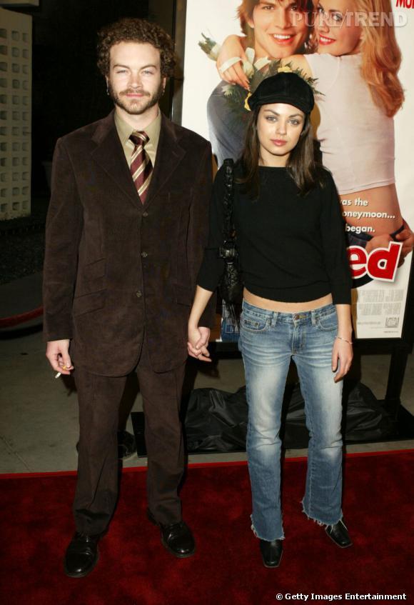 """Mila Kunis et Danny Masterson : quand la bombe et le vilain petit canard de """"That 70's show"""" se mettent ensemble, ça donne ça."""