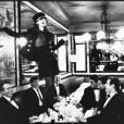 Kate Moss chez Lipp pour le Vogue italien par Arthur Elgort en 1993.
