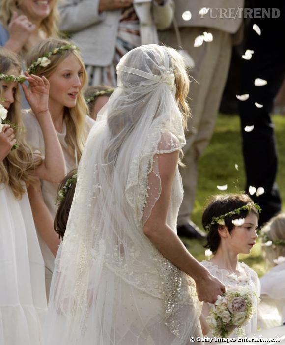 Côté parure, Kate se la joue princesse bohème.