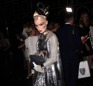 Daphne Guinness, show must go on !