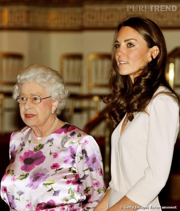 La reine Elizabeth pas franchement sympa, c'était lundi.
