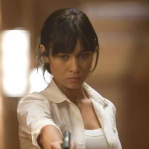 """Mais Olga se rend compte qu'elle a une seconde passion : le théâtre. Elle passe alors plusieurs castings pour décrocher un rôle dans le cinéma et débute en 2005 dans le film """"L'annuaire"""". En 2008 c'est la consécration puisque la belle obtient un rôle dans """"Quantum Of Solace"""", le nouveau James Bond."""