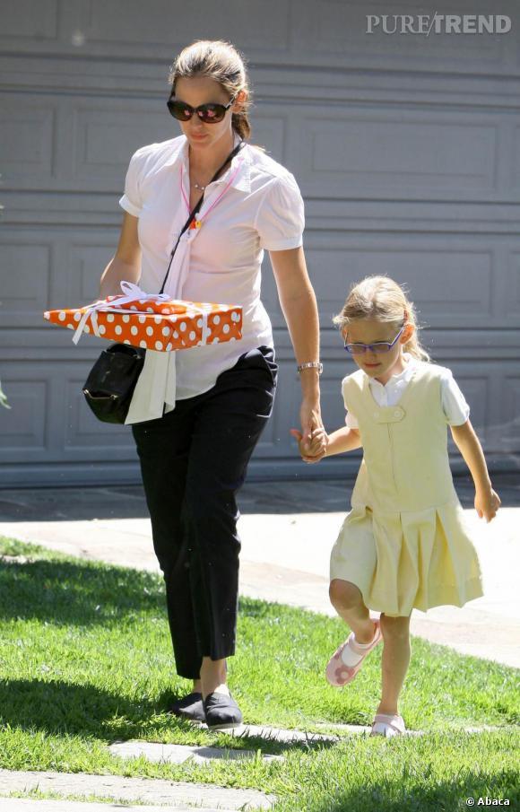 Jennifer Garner en balade avec sa fille Violet à Los Angeles.