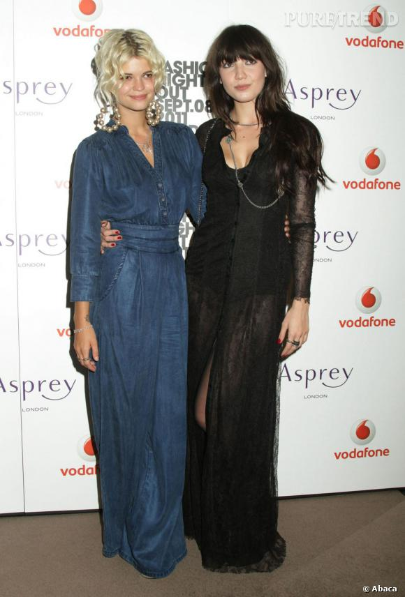 Pixie Geldof et Daisy Lowe.