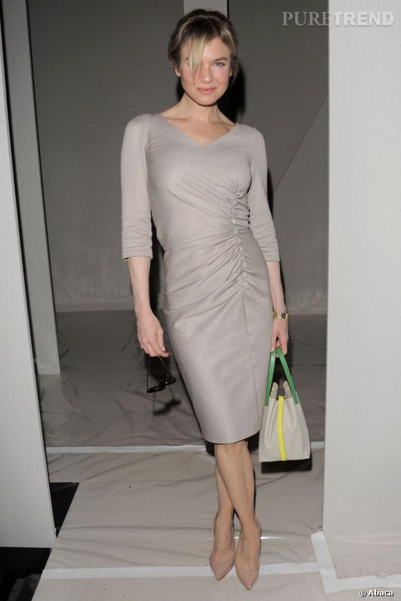 Renée Zellweger au défilé Carolina Herrera à New York joue les femmes fatales.