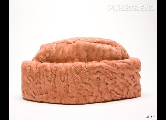 """50 chapeaux pour cet Automne-Hiver 2011/2012 !     Chapeau """"Astrakhan"""" Rochas, prix sur demande."""