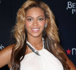 Beyonce, enceinte, son look cabaret