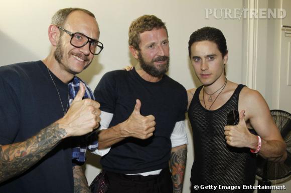 Joli trio formé par Terry Richardson, Stefano Pilati et Jared Leto chez Yves Saint Laurent of course.