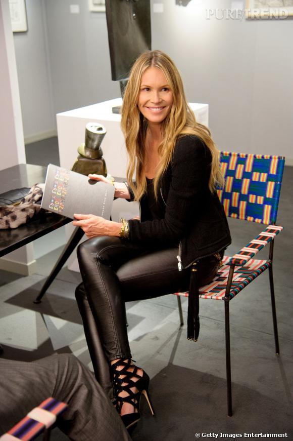Elle Macpherson au Pavillon des Arts et du Design à Londres.