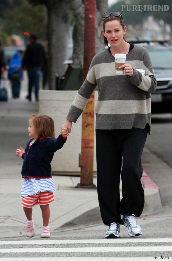 Jennifer Garner en balade dans les rues de Los Angeles.