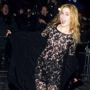 """Allez, une deuxième photo dossier de Kate Winslet, juste pour le plaisir. """"Coucou c'est moiiii !!"""""""