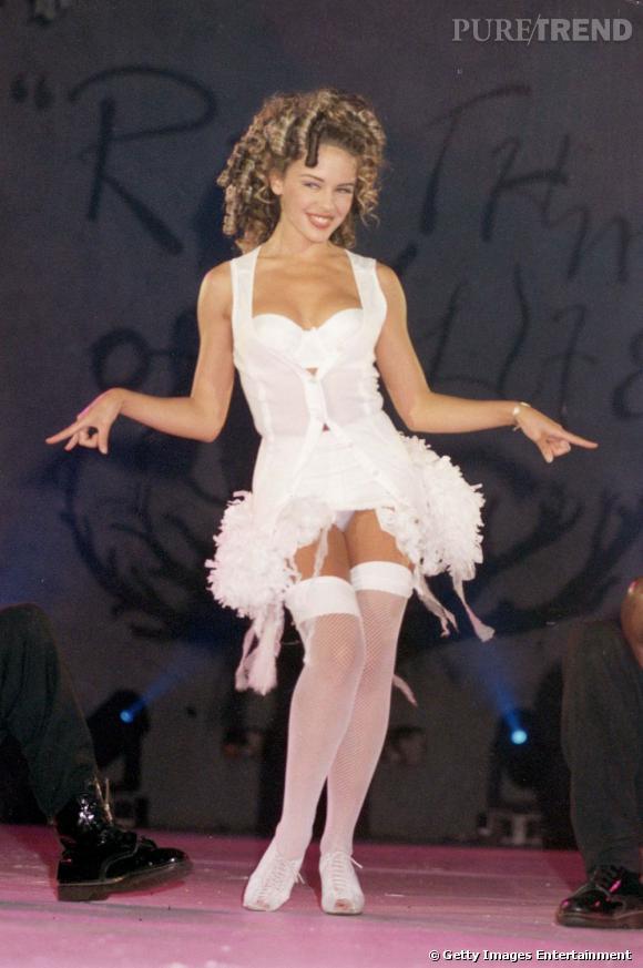 Kylie Minogue joue les babydolls. Non ?