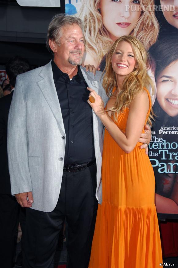 """Si l'acteur Ernie Lively fréquente les plateaux de tournage depuis les années 80, il s'est fait éclipser par sa fille Blake, avec qui il partage l'affiche de """"4 filles et un jean"""" 1 et 2, en quelques années seulement."""