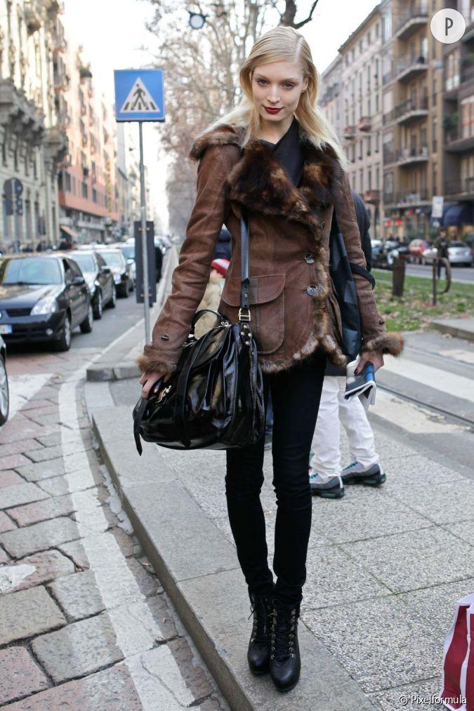 Melissa tammerijn son look un jean noir seconde peau une veste en daim fourr e et une maxi - Comment nettoyer une veste en daim ...