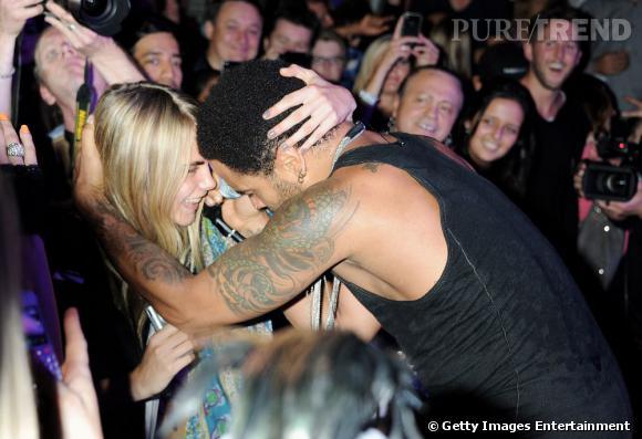 La jeune femme fait même craquer Lenny Kravitz qui lui chante la serenade lors de son concert.