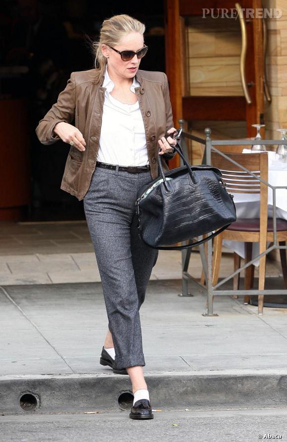 Sharon Stone dans les rues de Los Angeles.