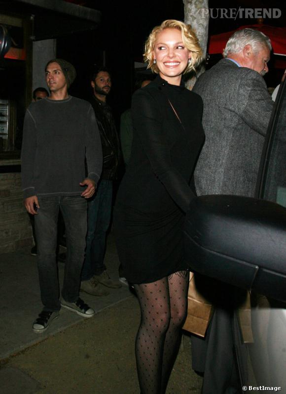 Katherine Heigl à la sortie d'un restaurant à Hollywood.