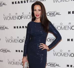 Andie MacDowell, glamour les cheveux lisses