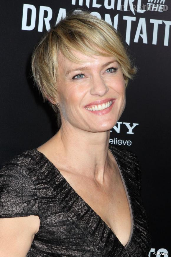 """Robin Wright à la première new-yorkaise de """"The girl with the dragon tattoo""""."""