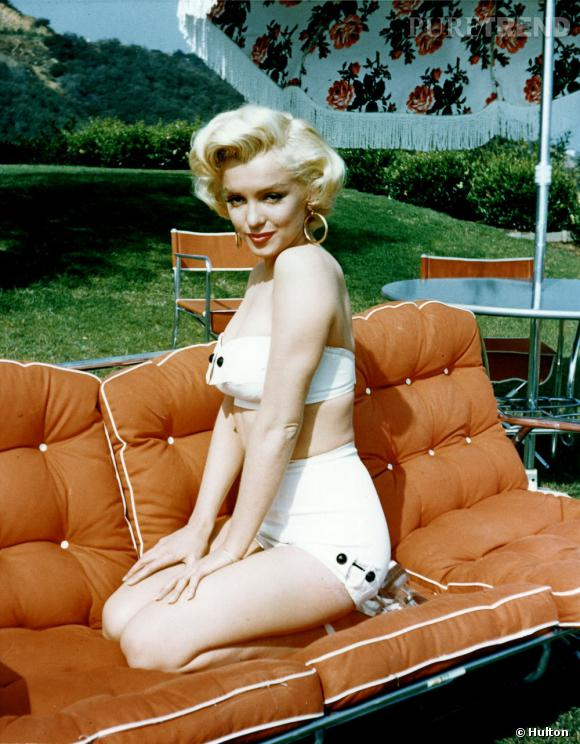 Marilyn version pin-up fifties, en bikini rétro.
