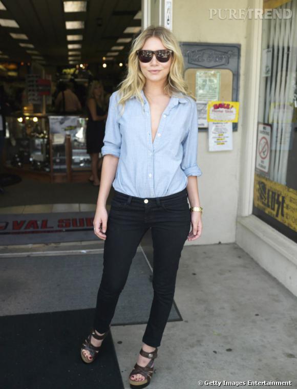 La superbe Ashley Olsen, cool et chic, son association favorite.