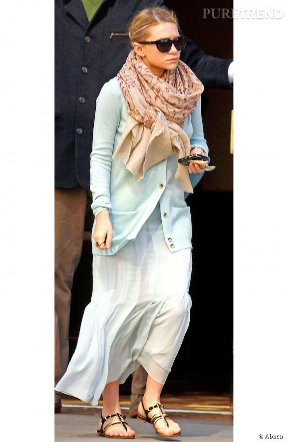 Ashley Olsen et ses sandales Chanel : une grande histoire d'amour.