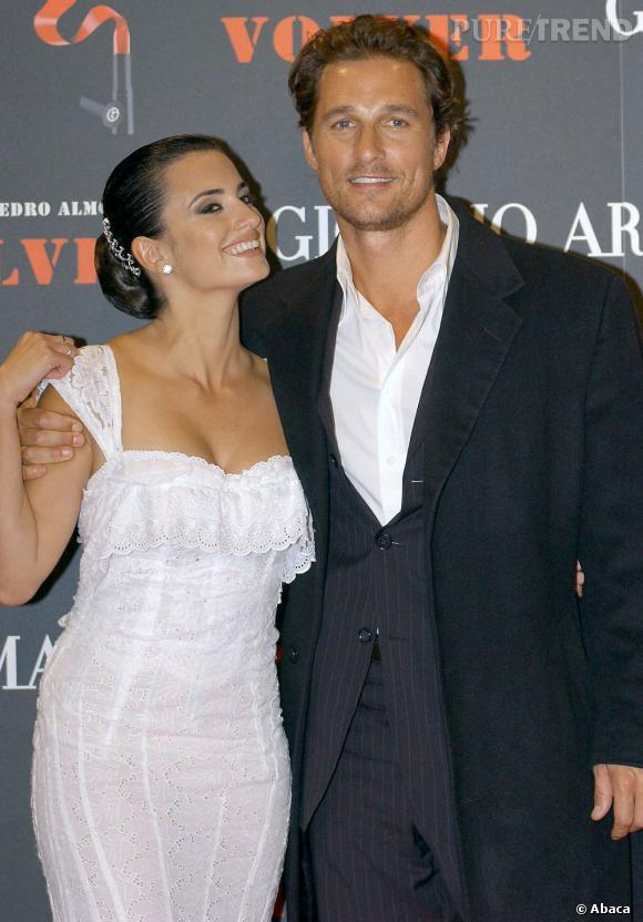 """L'acteur a rencontré Penelope Cruz sur le tournage de """"Sahara"""", ils sont restés ensemble de 2005 à 2006."""