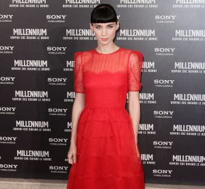 Le look du jour : Rooney Mara, rouge piquant