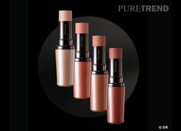 Le blush, détail bonne mine de notre maquillage.     Stick relief, Shiseido. 34,60 €
