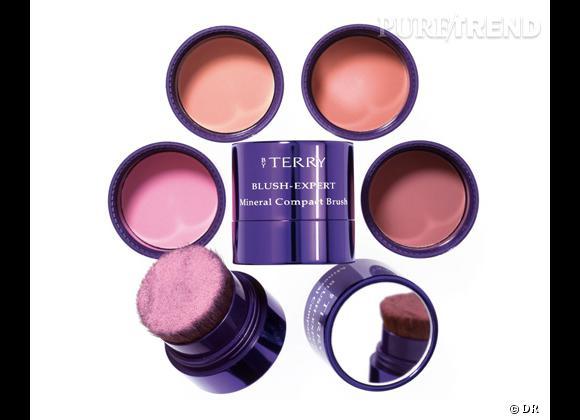Le blush, détail bonne mine de notre maquillage.  Blush Expert, By Terry. 40,90 €.