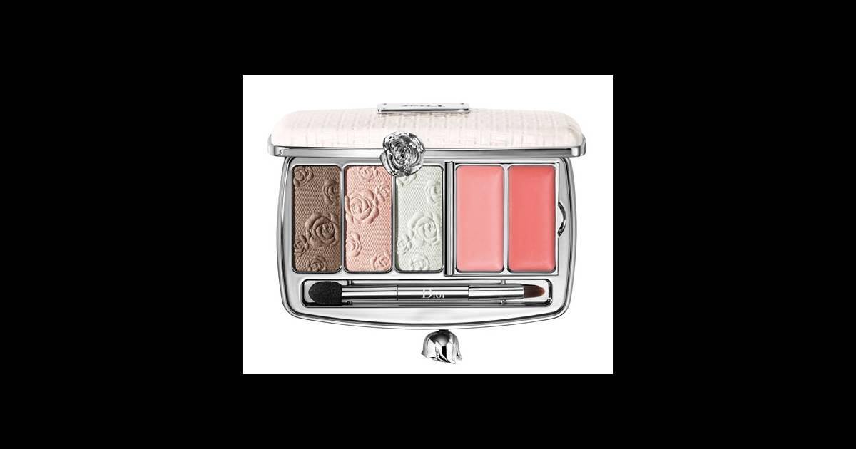 le blush d tail bonne mine de notre maquillage palette garden clutch dior 75. Black Bedroom Furniture Sets. Home Design Ideas
