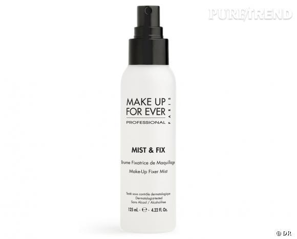 Brume fixatrice Mist & Fix de Make Up For Ever, 21,50 €.