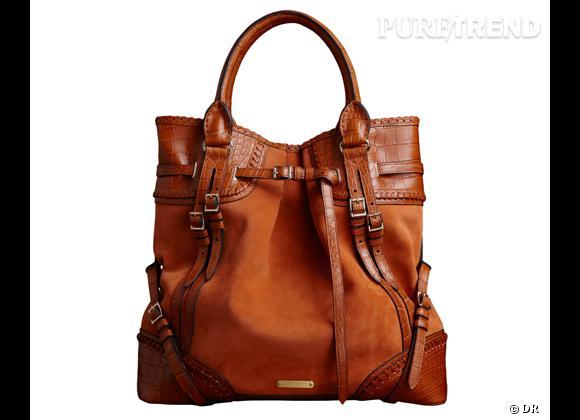 Les it-bags de cet été 2012 : Burberry    Whipstitch Bag en alligator, 15 000 €.