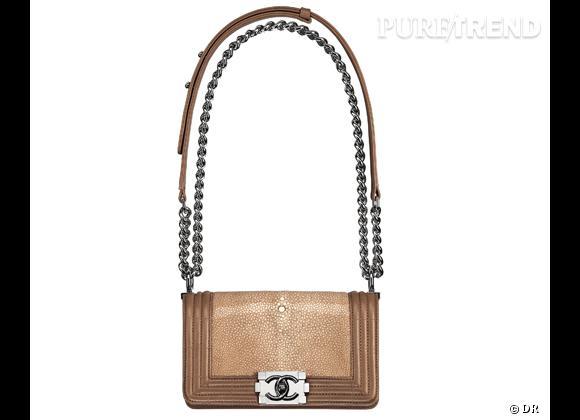 Les it-bags de cet été 2012 : Chanel    Sac Boy en cuir et galuchet.