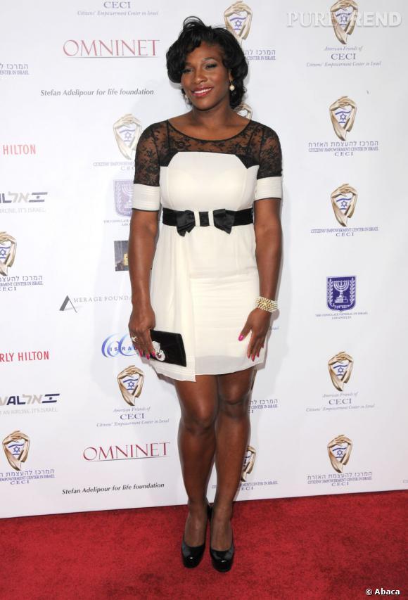 """Le top """"coordonné"""" :  pointilleuse mais efficace, Serena Williams est ravissante."""