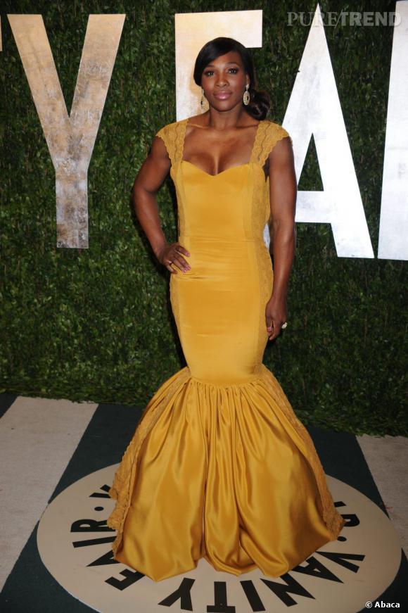 """Le top """"j'ose !"""" :  il n'est pas donné à tout le monde de porter la robe abat-jour, pourtant Serena Williams s'en sort bien."""