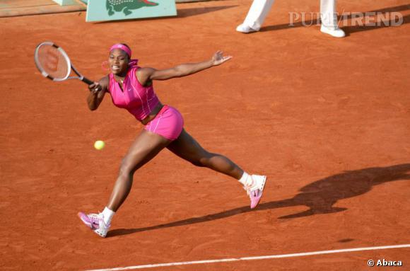 """Le top """"look de court"""" :  girly à souhait, Serena Williams féminise le tennis féminin."""
