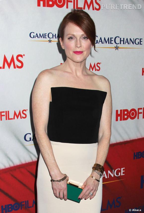 """Julianne Moore à la première de """"Game Chance"""" téléfilm dans lequel elle interprète Sarah Palin."""