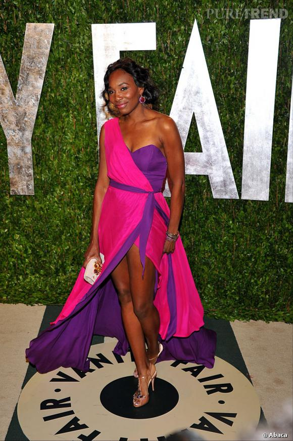 Venus Williams dans une robe Christiane King lors de l'after party des Oscars 2012.