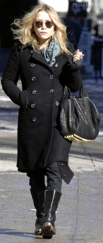 Mary-Kate Olsen est la première à avoir porté le Coco Duffel.